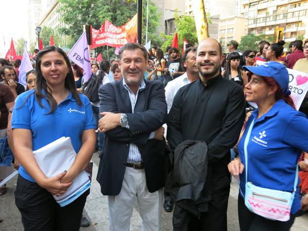 En la foto: Director Ejecutivo de CETRA y president@s de Fenpruss y Aneiich