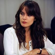 Camila Vallejo presenta iniciativa legal que reduce en 5 horas la jornada laboral