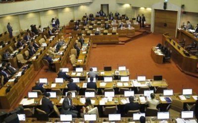 Los contratos parlamentarios al filo de la Constitución